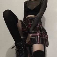 subtle goth outfit uploaded by ; widya ♡✦ on We Heart It Grunge Outfits, Indie Outfits, Edgy Outfits, Cool Outfits, Fashion Outfits, Fashion Styles, Summer Outfits, Fashion Ideas, Hipster Outfits