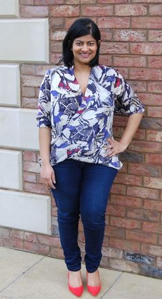 McCalls 6991 - love this top and how current and chic it is! Full details on my blog: https://sewmanju.wordpress.com/2015/02/27/mccalls-6991-diy-draped-wrap-cross-over-printed-top/
