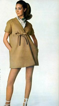 Marisa Berenson for Vogue, 1968 Sixties Fashion, 60 Fashion, Fashion History, Fashion Models, Fashion Design, Ladies Fashion, Anthony Perkins, Elsa Schiaparelli, Vestidos Vintage