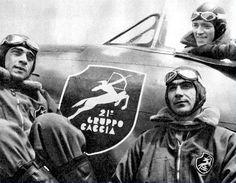 "Italian  fighters pilots belonging to the ""21° Gruppo Caccia"". WW II."