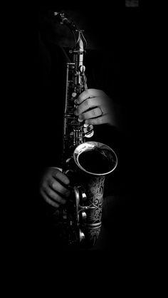 http://www.saxophoneguru.com/