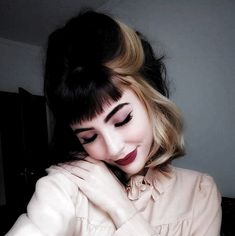 Two-Color-Hair Best Short Hair Color Ideas and Trends for Gi.- Two-Color-Hair Best Short Hair Color Ideas and Trends for Girls - Two Color Hair, Pixie Hair Color, Hair Color Streaks, Blonde Streaks, Pink Short Hair, Short Silver Hair, Colored Short Hair, Light Pink Hair, Candy Hair