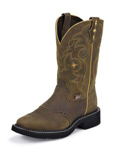 Women's Bay Apache Boot - L9969  If anyone has 85.00 that they wanted to drop on me...this is what I want!! :-)