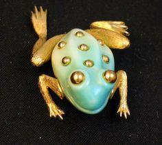 Enchanting Crown Trifari Lucite Body Frog Brooch