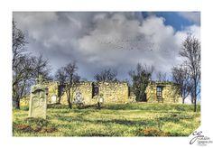 Cătălin Gagiu - Capela in ruina din Nadasel (Cluj) Mansions, House Styles, Awards, Home, Decor, Ruins, Decoration, Manor Houses, Villas