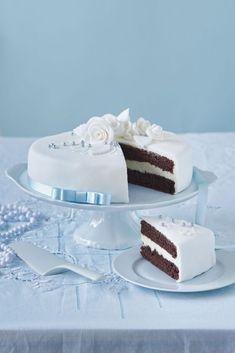 Svadobná čokoládová torta