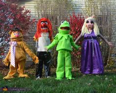 The Muppets - 2012 Halloween Costume Contest - My friend made these costumes for her Family.  WOW.  Click and vote!!!