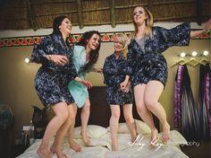 Fun photos with your bridesmaids