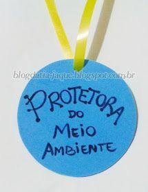 Olá galerinha linda! Olha só que interessante. Criei essa medalha para ser uma ideia fácil de lembrancinha no Dia do Meio Ambiente ou D... Motivational Bulletin Boards, Welcome Spring, Lets Do It, Activities For Kids, Diy And Crafts, Preschool, Teaching, Education, Blog