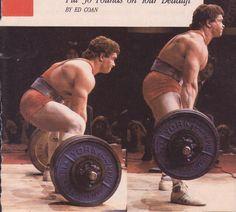 Powerlifting legeng Ed Coan, deadlifting.