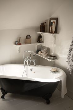 Claw foot tub and shelves in a corner. would love to have an old tub in my house. just need a bigger house now! Beautiful Bathrooms, Modern Bathroom, Simple Bathroom, White Bathroom, Corner Bath, Small Corner, Cozy Corner, Small Tub, Roll Top Bath
