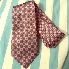 NWOT: geometric Jos. A Bank silk tie 100% silk. Made an offer or planning to purchase? Please, leave a comment  Jos. A. Bank Accessories
