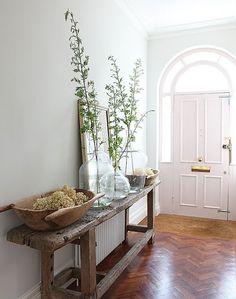 Light Filled Foyer | Photo Via Pinterest | The Elgin Avenue