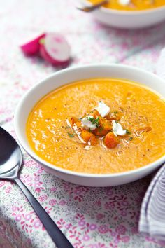 Root vegetable soup with truffle oil. I like this blog because she tells a story before the recipe. I dont understand any French, but this blog is so sweet and simple.