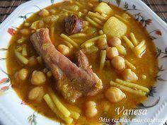 Otro plato tradicional de la gastronomía canaria ;) el típico Rancho Canario. Ahora que empieza a hacer calorcito no apetece mucho hacer est...