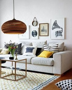 42 apartment decorating and small living room ideas 36 Small Living Room Design, Colourful Living Room, Small Living Rooms, Rugs In Living Room, Living Room Interior, Living Room Decor, Modern White Bathroom, Small Apartment Decorating, Room Lamp