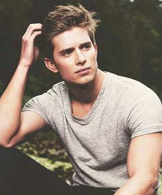 Drew van acker from devious maids, plays Remi Dellatour