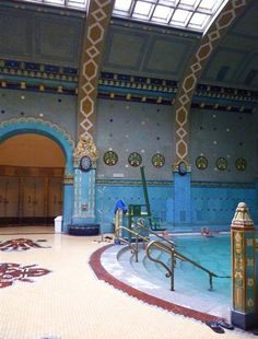 irenne56 Zsolnay férfi termálfürdő című képe az Indafotón. Budapest baths