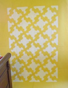 Yellow/ White Drunkards Path antique quilt- full view
