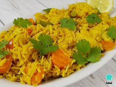 Biryani rice with vegetables recipe , Biryani is a typical dish of Indian gastronomy consisting of a plate of fried rice with different additional ingredients, in this case with vegetables. Vegetable Rice, Vegetable Recipes, Best Indian Recipes, Ethnic Recipes, Couscous, Rice Recipes, Healthy Recipes, Quinoa, Arroz Frito