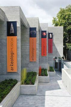 Exterior Building Signage Behance 50 Ideas For 2019 Museum Exhibition Design, Design Museum, Exhibition Display, Environmental Graphic Design, Environmental Graphics, Flag Design, Banner Design, Design Design, Museum Branding