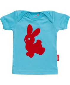 Tapete adorable turquoise baby T-shirt with red rabbit. tapete.en.emilea.be