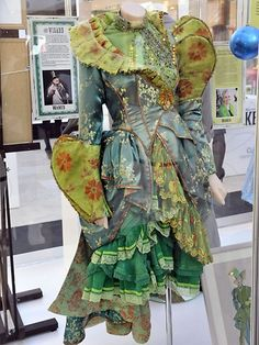 COSTUMES FROM WICKED - Google Search