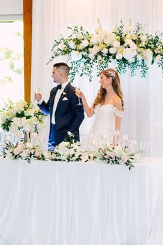 Head Table Wedding, Bridesmaid Dresses, Wedding Dresses, Deco, Flowers, Fashion, Bridesmade Dresses, Bride Dresses, Moda
