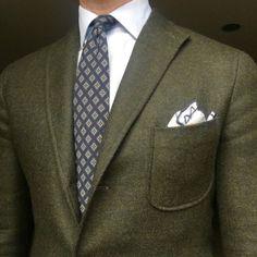 Olive Green Suit, Suit Fashion, Mens Fashion, Formal Jacket, Masculine Style, Dapper Men, Dress For Success, Well Dressed Men, Gentleman Style