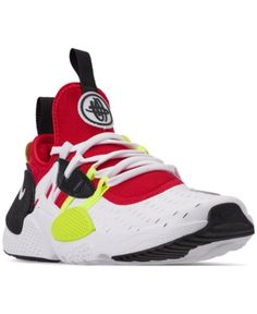 1ea86b163751a6 Nike Boys  Huarache E.d.g.e Casual Sneakers from Finish Line - White 3.5  Camo Shoes