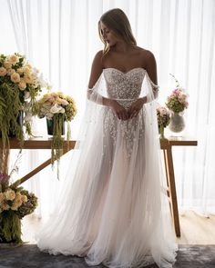 Luxury Wedding Dress, Best Wedding Dresses, Boho Wedding Dress, Bridal Dresses, Wedding Gowns, Wedding Styles, Affordable Wedding Dresses, Elopement Dress, Engagement Dresses
