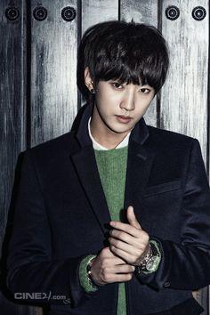 Jin Young - Cine21 Magazine