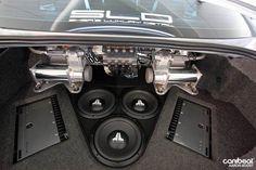 Nice air tank and JL audio trunk setup. Jl Audio, Audio Sound, Custom Car Audio, Custom Cars, Car Audio Installation, Custom Car Interior, Car Sounds, Subwoofer Box, Vanz