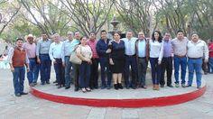 A fin de integrar un plan de trabajo para unir esfuerzos y apoyar el desarrollo integral de Michoacán, Guilianna Bugarini, enlace del Gobierno del Estado para la región Lerma-Chapala, se ...