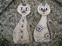 kočky větší cena za kus...... Polymer Clay Projects, Polymer Clay Art, Polymer Clay Jewelry, Ceramic Clay, Ceramic Pottery, Pottery Art, Sculptures Céramiques, Ceramic Animals, Paper Clay