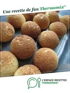 Christmas Outfits : Cream puffs (with cracker) Cream puffs (with cracker) by A fan recipe to find in the Desserts & Confectionery category Dessert Thermomix, Prep & Cook, Dacquoise, Creme Dessert, Cracker, Beignets, Confectionery, Biscotti, Recipes