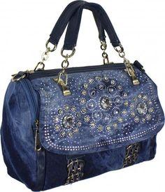 Сумки джинсовые. Качественные и оригинальные. Под заказ за неделю ... Denim Handbags, Purses And Handbags, Jean Purses, Recycled Sweaters, Denim Ideas, Denim Crafts, Diy Purse, Recycled Fashion, Denim Bag