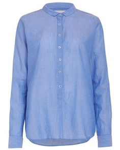 A chambray shirt is a wardrobe essential, Leon and Harpers Cayman shirt is a great fit made of soft fine cotton. www.shopatanna.com #shopatanna Denim Button Up, Button Up Shirts, Chambray, Shirt Dress, Fit, Cotton, Mens Tops, Blue, Shopping