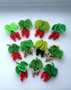 Деревья и цветы из Бисера Bead Crafts, Jewelry Crafts, Diy And Crafts, Wire Jewelry, French Beaded Flowers, Wire Flowers, Bead Crochet, Crochet Earrings, Kinds Of Fruits