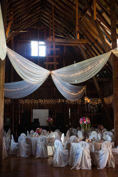 Lovely farm house reception decorations #wedding #rustic #farmhouse #reception #burlap