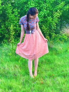 LuLaRoe classic tee & Lola skirt // LuLaRoe Alessandra Kimpton