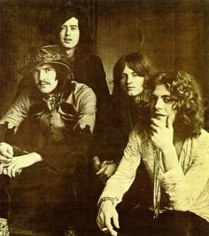 John Bonham, Jimmy Page, Robert Plant and John Paul Jones of Led Zeppelin! They were so young! John Paul Jones, John Bonham, Jimmy Page, Robert Plant, Music Love, Rock Music, Art Music, Music Artists, Great Bands
