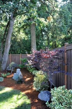 Large backyard landscaping ideas are quite many. However, for you to achieve the best landscaping for a large backyard you need to have a good design. Landscaping Tips, Front Yard Landscaping, Backyard Patio, Backyard Playhouse, Landscaping Software, Shady Backyard Ideas, Patio Ideas, Inexpensive Landscaping, Sloped Backyard