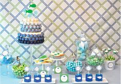 baby showers, I prefer to cater to the Mom-to-be's design aesthetic
