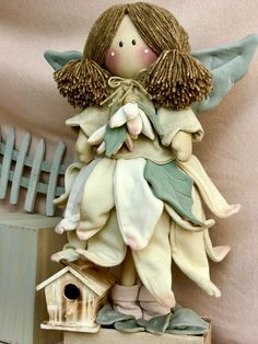 Bimbe lanterns with tutu - Country Creations Free To Use Images, Christmas Crafts, Christmas Ornaments, Sewing Dolls, Fairy Dolls, Soft Dolls, Handmade Design, Beautiful Christmas, Decoupage