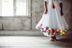Sofia Jansson founded Mokkasin in 2009 and and freelances in photography, styling, DIY, marketing, PR and creative direction. Diy Clothing, Clothing Patterns, Pom Pom Skirts, Islamic Fashion, Kid Styles, Diy Projects To Try, Diy Fashion, Flower Girl Dresses, Birthday Parties