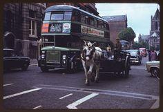 Wonderful Color Photographs That Capture Street Scenes of Dublin in 1961 ~ vintage everyday Dublin City, Romantic Photos, Dublin Ireland, Vintage Photographs, Vintage Photos, Historical Photos, Old Photos, The Past, Buses