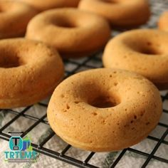 My Ultimate Thermomix Lunchbox Guide - The Road to Loving My Thermo Mixer Carrot Cake Donut Recipe, Donut Recipes, New Recipes, Cake Recipes, Sweet Recipes, Whole Orange Cake, Weetbix Slice, Cinnamon Donuts, Doughnuts