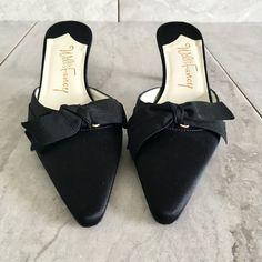 f1f1e248f60 242 Best Vintage shoes images in 2019 | Vintage shoes, Vintage ...