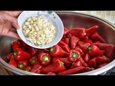 Turkish Recipes, Ethnic Recipes, Celebrity Travel, Food Pictures, Cucumber, Challah, Bagels, Food And Drink, Puddings